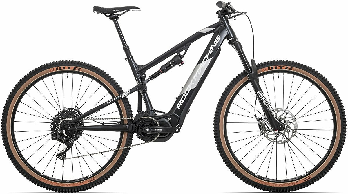 Elektrokolo Rock Machine Blizzard INT2 e70-29 Di2 mat black/silver/black   2020